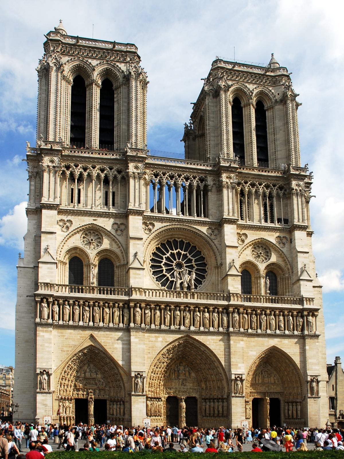 060806-france-paris-notre_dame.jpg